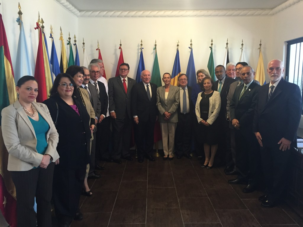 Reunión especial del Consejo en ocasión de la visita del Excmo. Sr. Eladio Loizaga, Ministro de Relaciones Exteriores de Paraguay